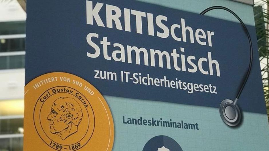 KRITIS_Stammtisch.jpg