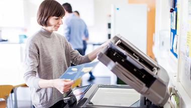 Gefährlicher Leichtsinn im Umgang mit Bürodruckern