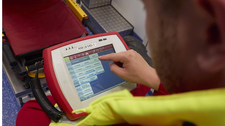 RKH Kliniken und ASB: Rettungsfahrzeuge schicken Daten an die Kliniken-Notaufnahme