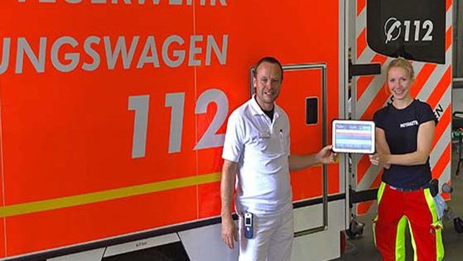 Rettungswagen sendet Patientendaten digital in die Notaufnahme