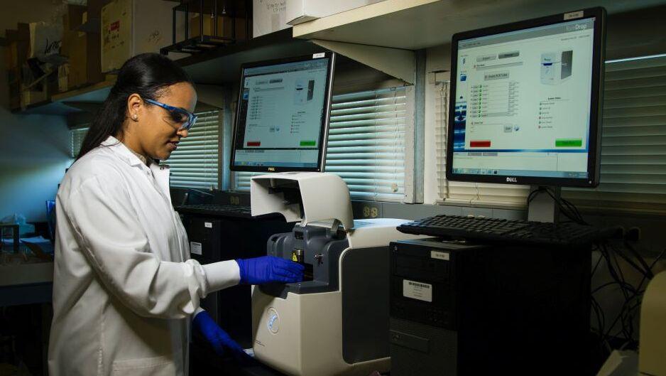 Automatisierung in der Impfstoffvergabe: Wie Robotic Process Automation den Prozess vereinfachen könnte