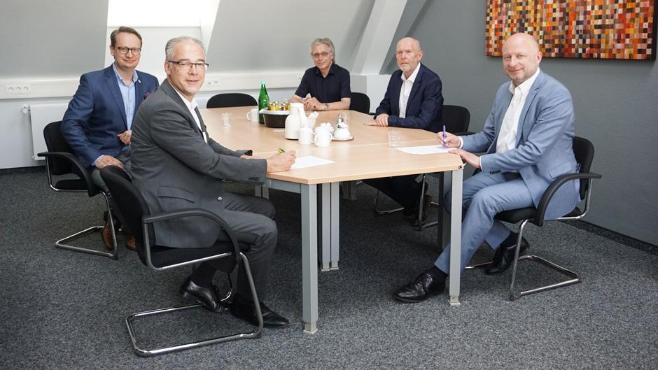 Die Städtischen Kliniken Mönchengladbach und das Städtische Krankenhaus Nettetal gehen Partnerschaft ein