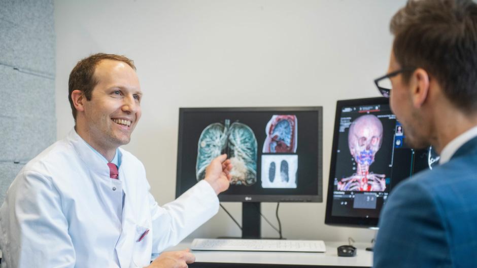 Mühlenkreiskliniken und Siemens Healthineers begründen Technologie- und Forschungspartnerschaft