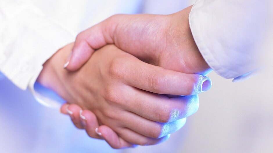 Zusammenführung von i-SOLUTIONS Health und Meona erfolgreich abgeschlossen