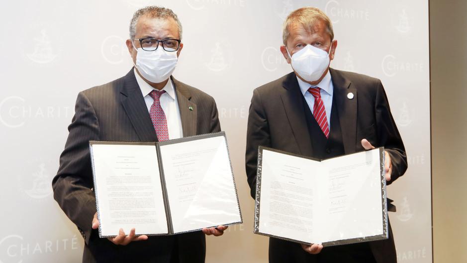 Charité und WHO unterzeichnen Kooperationsvereinbarung