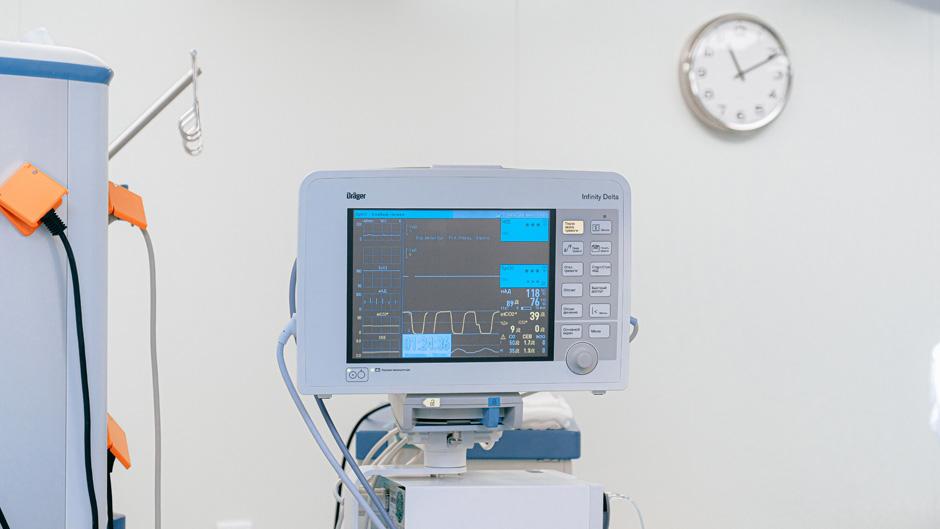 Auch die IT muss geimpft werden – Bessere Absicherung medizinischer IoT-Geräte gegen Schwachstellen