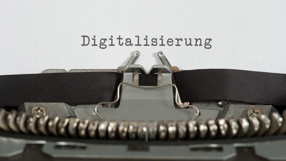 Kritik an Kunden: kaum Fortschritt in der Digitalisierung